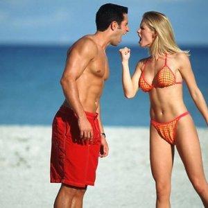 646462-couple-argue-beach-2